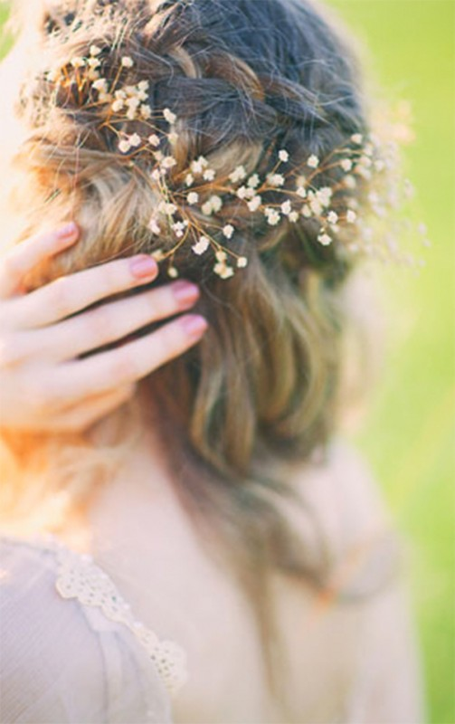 Baby's breath wedding hairstyle1