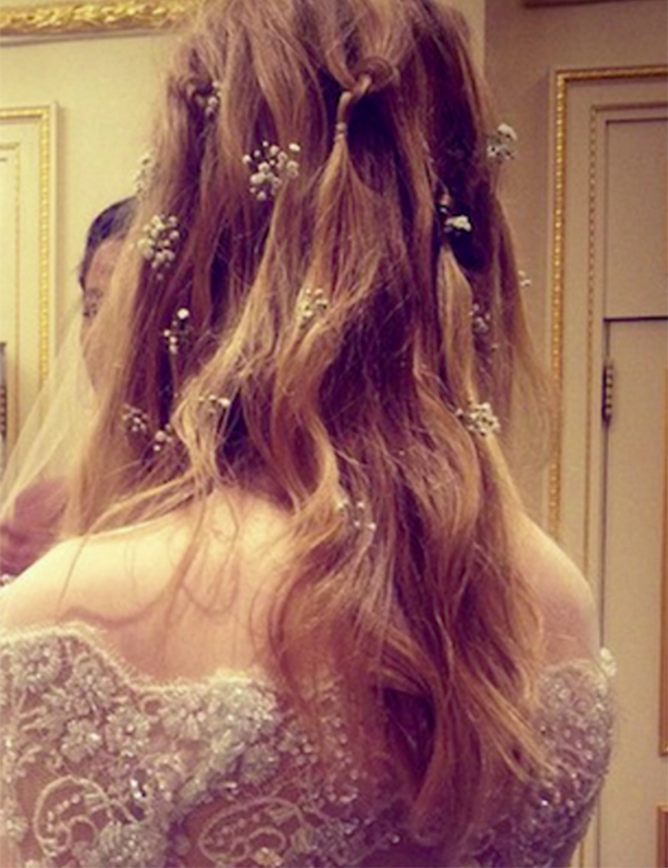 Baby's breath wedding hairstyle3