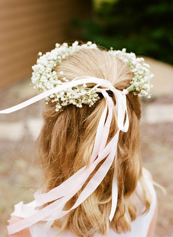 Baby's breath wedding hairstyles 01<br />かすみ草を使ったヘアーアレンジ01