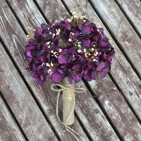 15 hydrangea wedding bouquets ideas13