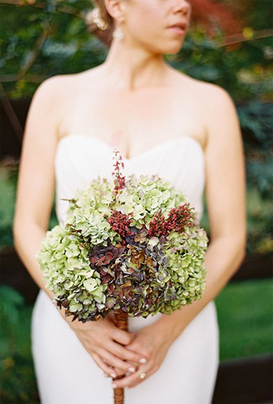 15 hydrangea wedding bouquets ideas14