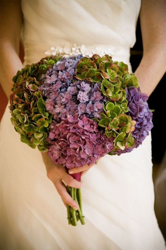 15 hydrangea wedding bouquets ideas15