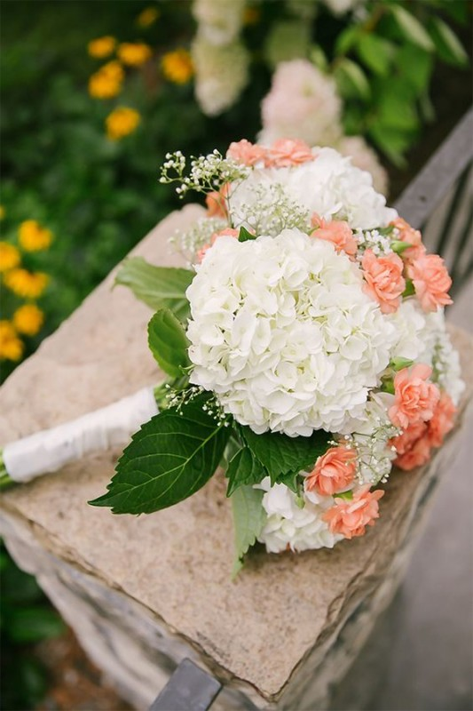 15 hydrangea wedding bouquets ideas2