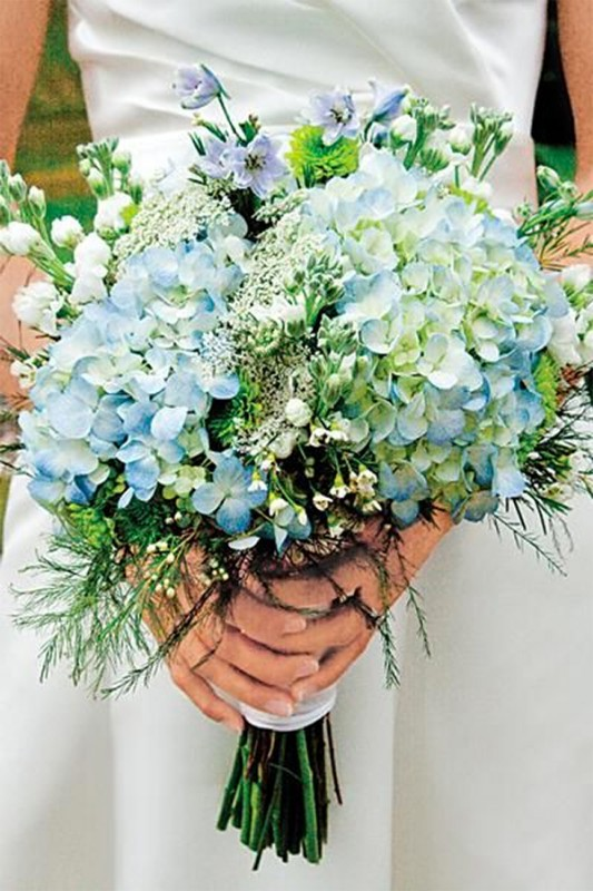 15 hydrangea wedding bouquets ideas5