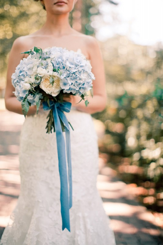 15 hydrangea wedding bouquets ideas7