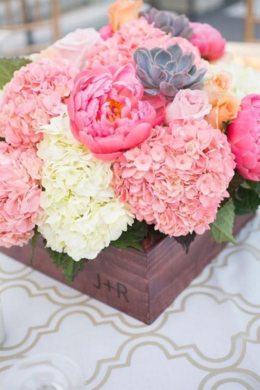 17 hydrangea wedding centerpiece ideas12