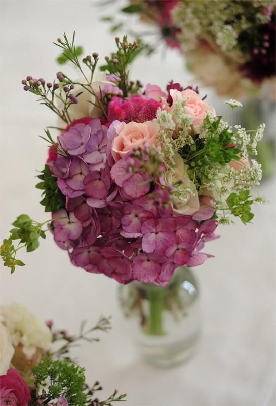 17 hydrangea wedding centerpiece ideas14