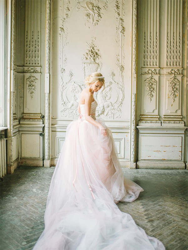 21  Blush Pink Wedding Dresses15