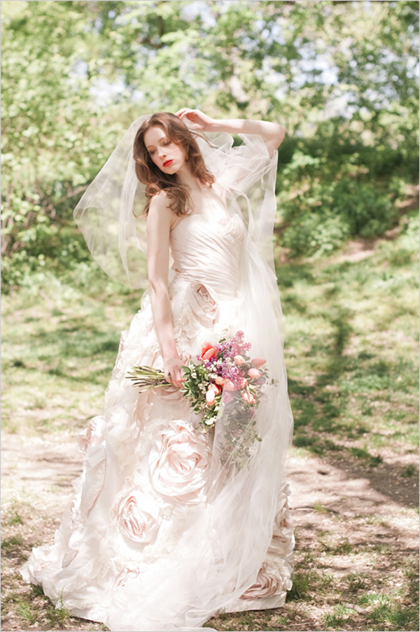 21  Blush Pink Wedding Dresses16