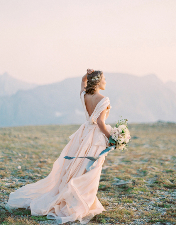 21  Blush Pink Wedding Dresses3