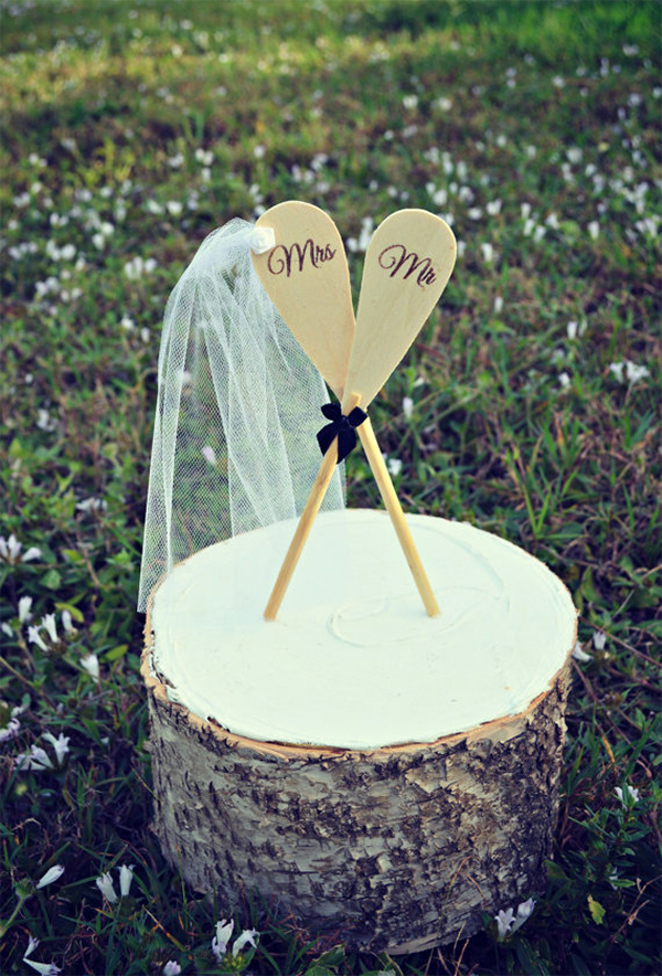 Romantic Canoe Wedding in Forest13