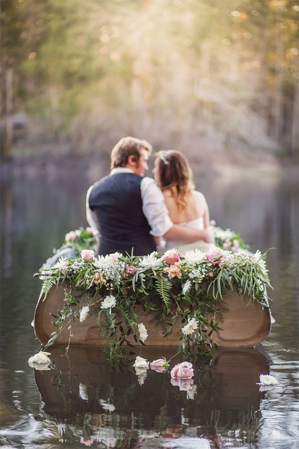 Romantic Canoe Wedding in Forest14