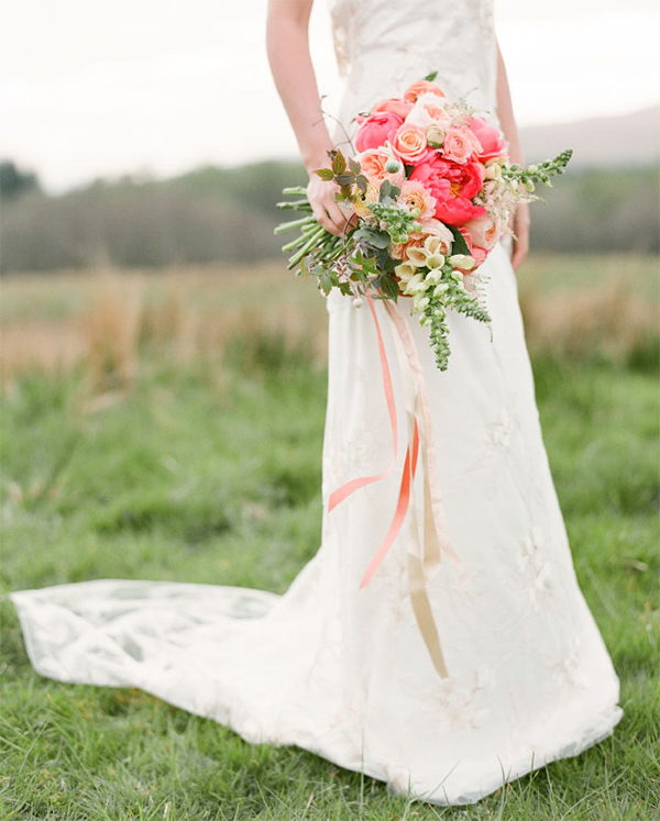 Coral,Orange & Gold wedding inspiration1
