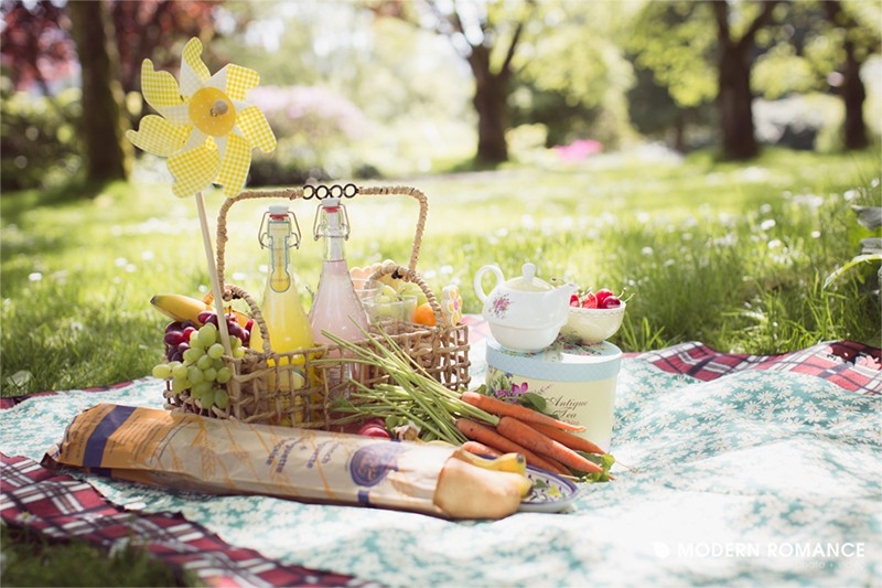 Summer picnic wedding ideas8