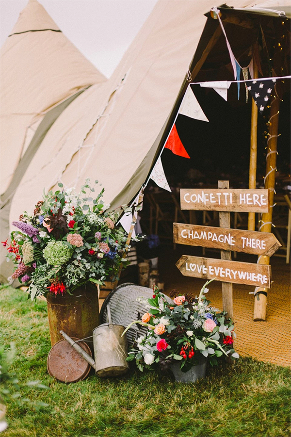 40 Cute and Fun Camp Wedding Ideas!20