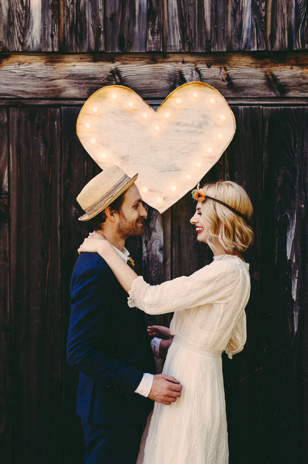 Inspiration for Chic and Vintage picnic wedding in early autumn1