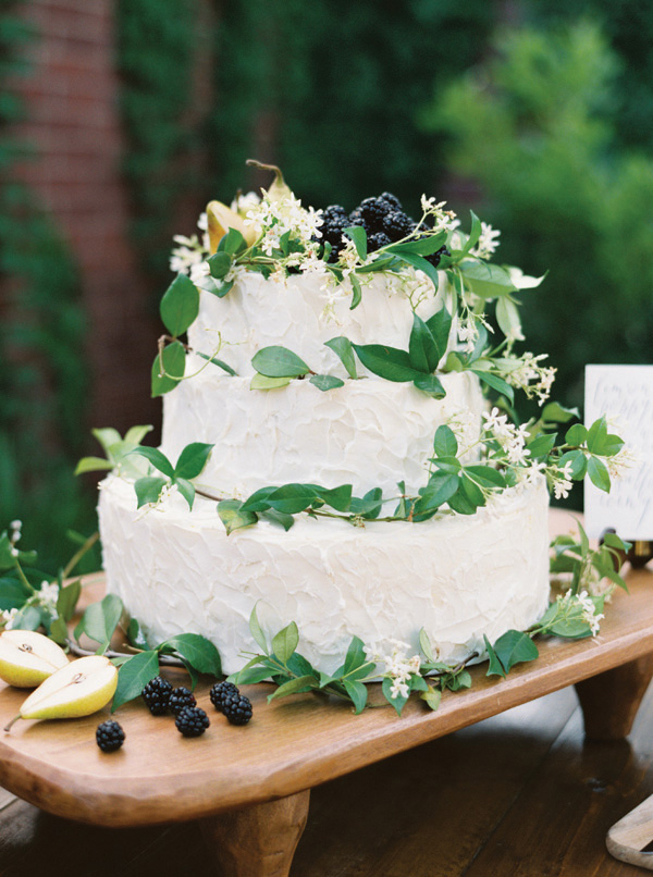 Inspiration for Fresh green botanical and boho summer wedding7