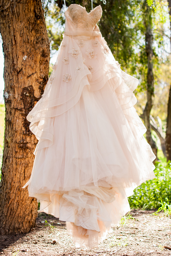 13 Romantic Champagne Wedding Dresses10