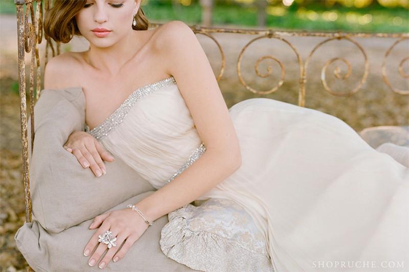 13 Romantic Champagne Wedding Dresses3