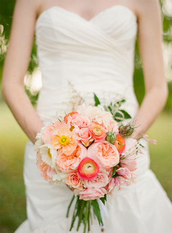 Inspiration for a Fresh peach summer wedding1