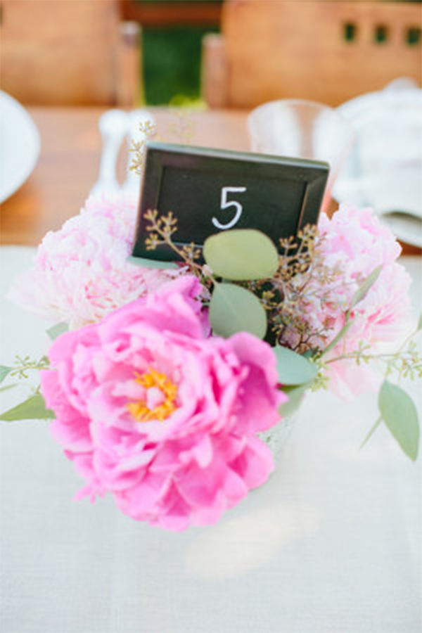 Fresh mint & pink color theme wedding in summer3