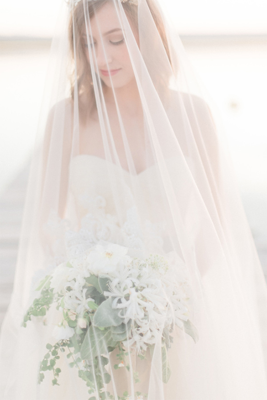 bridewithlongveil18