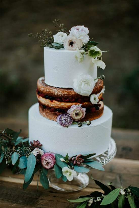 Fall Beautiful Naked Wedding cake ideas25
