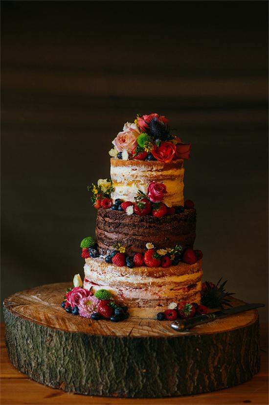 Fall Beautiful Naked Wedding cake ideas11