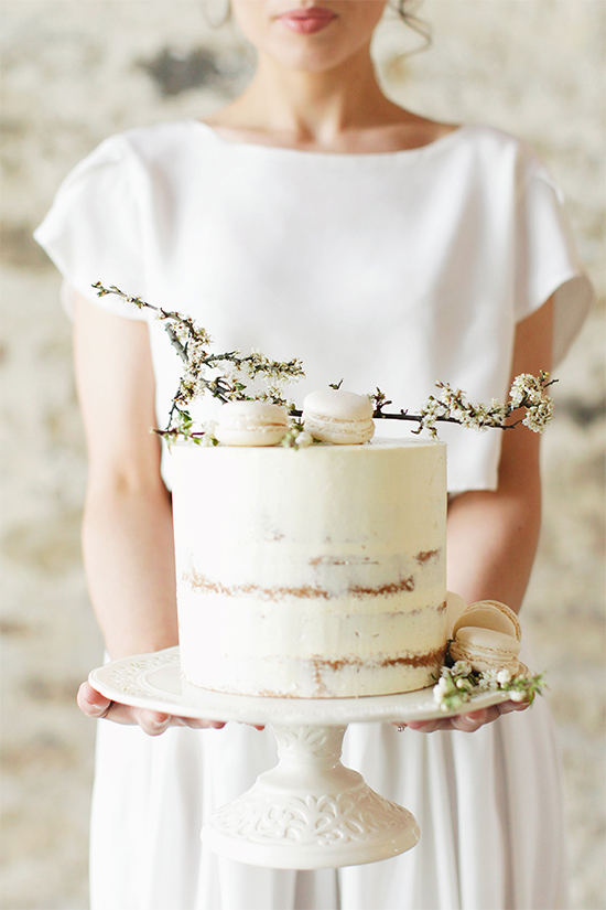 Fall Beautiful Naked Wedding cake ideas 14