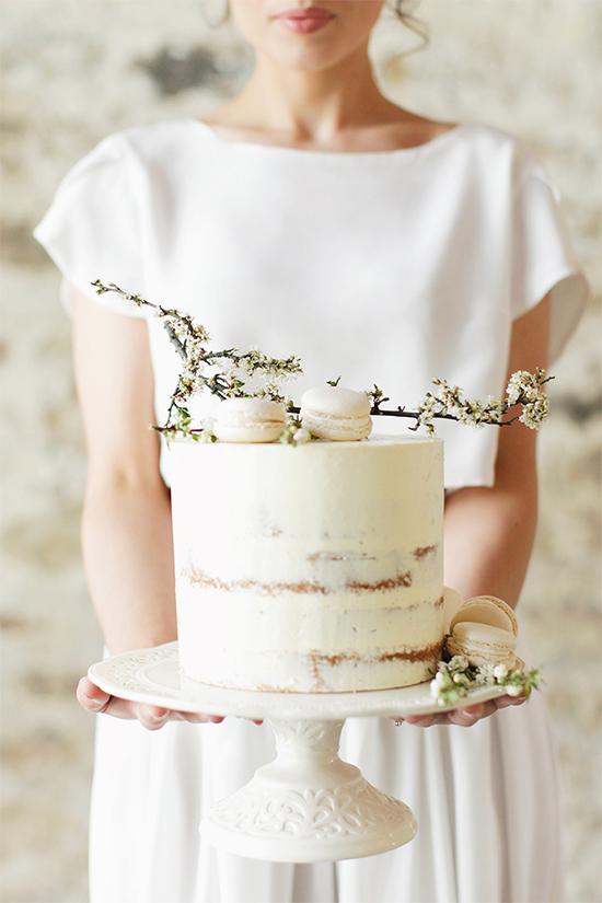 Fall Beautiful Naked Wedding cake ideas 14