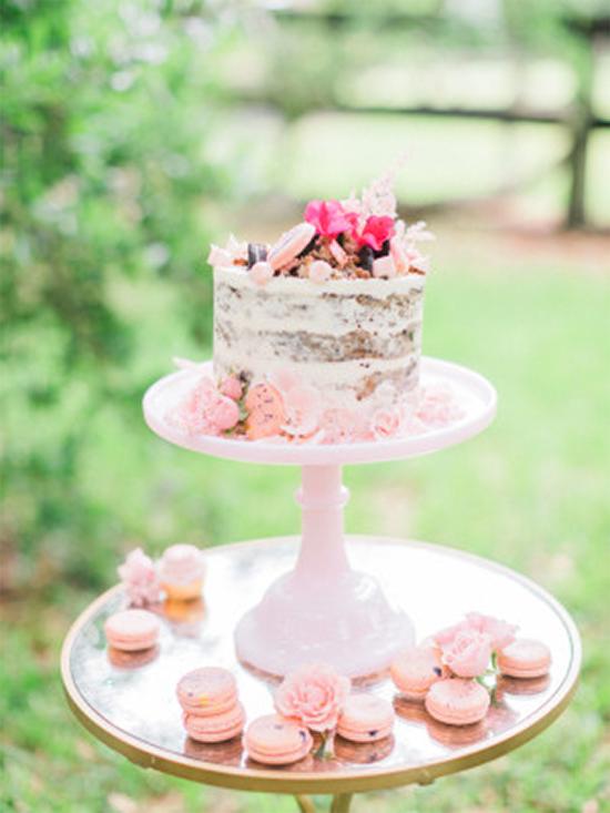Fall Beautiful Naked Wedding cake ideas 15