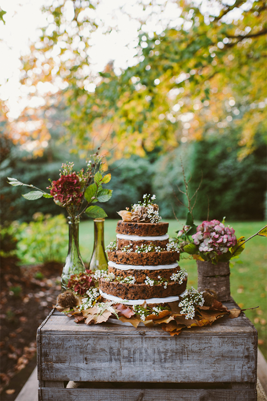 Fall Beautiful Naked Wedding cake ideas 302