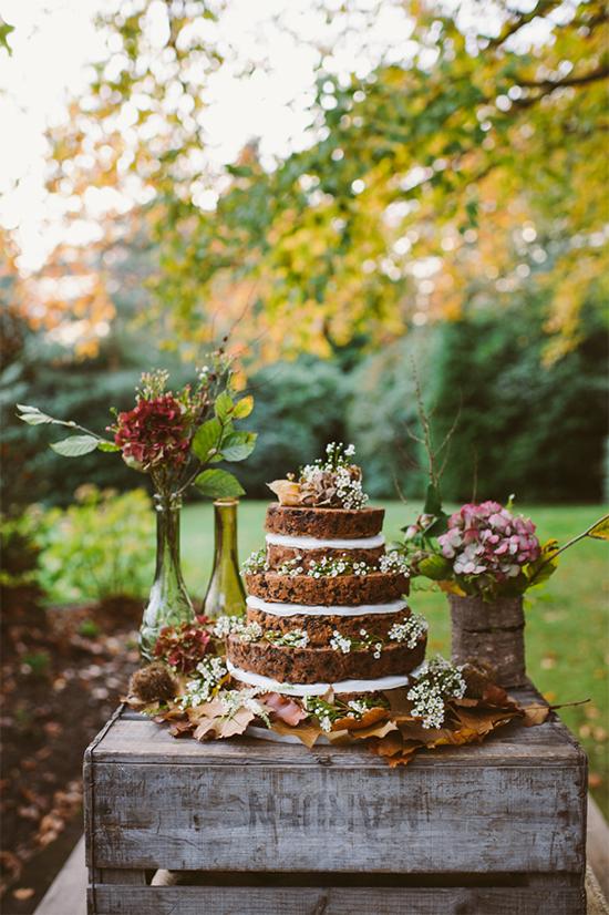 Fall Beautiful Naked Wedding cake ideas 302