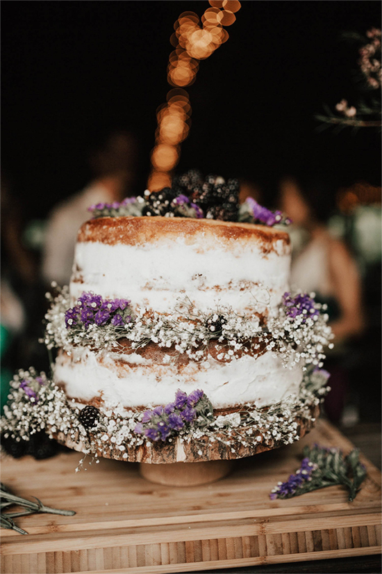 Fall Beautiful Naked Wedding cake ideas7